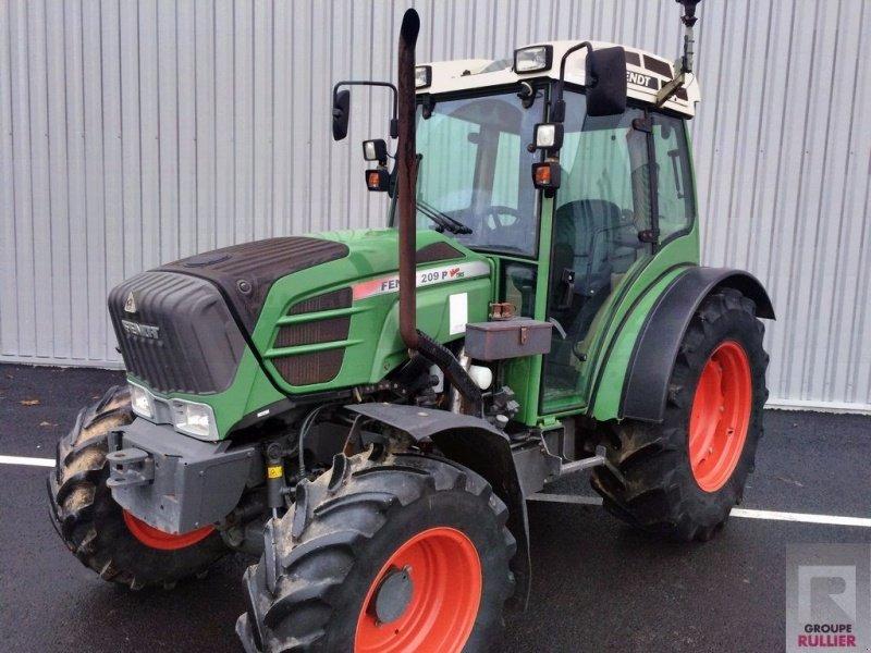 fendt 209 p vario tracteur pour viticulture