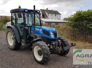 New Holland T 4.95 F Traktor